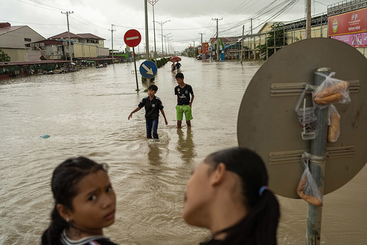 The severe flooding in Cambodia last year damaged dozens of garment