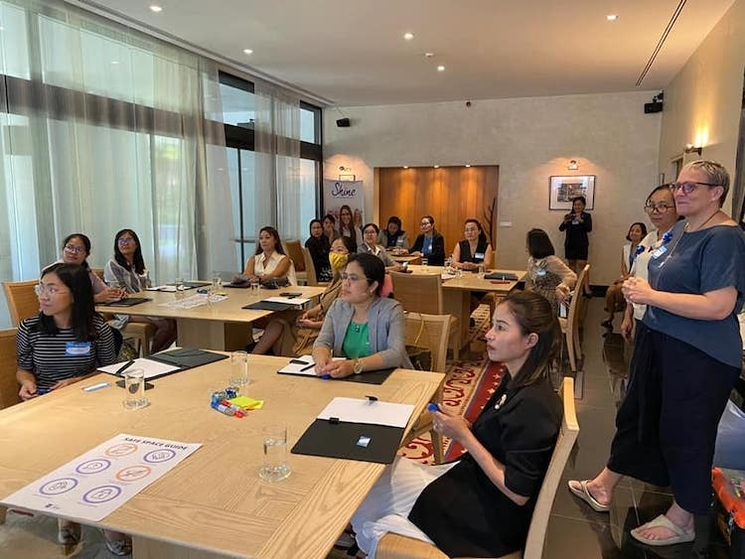 workshop femmes ambassade de France au Cambodge