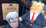 Jouets chiens Theresa May Donald Trump Pet Hates Toy Londres Royaume-Uni goodies famille royale