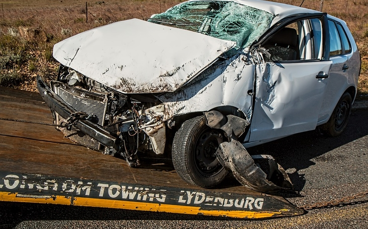 car-accident-1538175_960_720