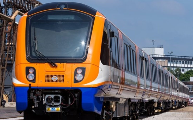 overground - tube - londres - train - transports