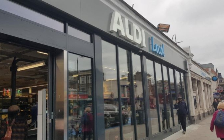 aldi développe un nouveau concept magasin local Londres supermaché alimentaire ville