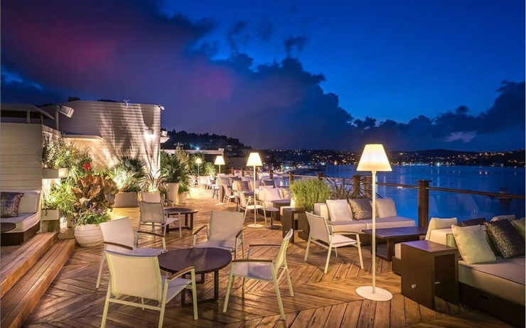 rooftop Bebek Hotel by the Stay