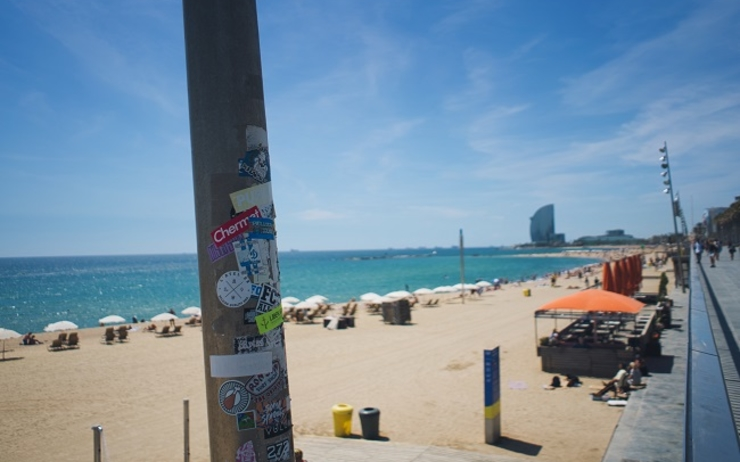 vol plage barcelone